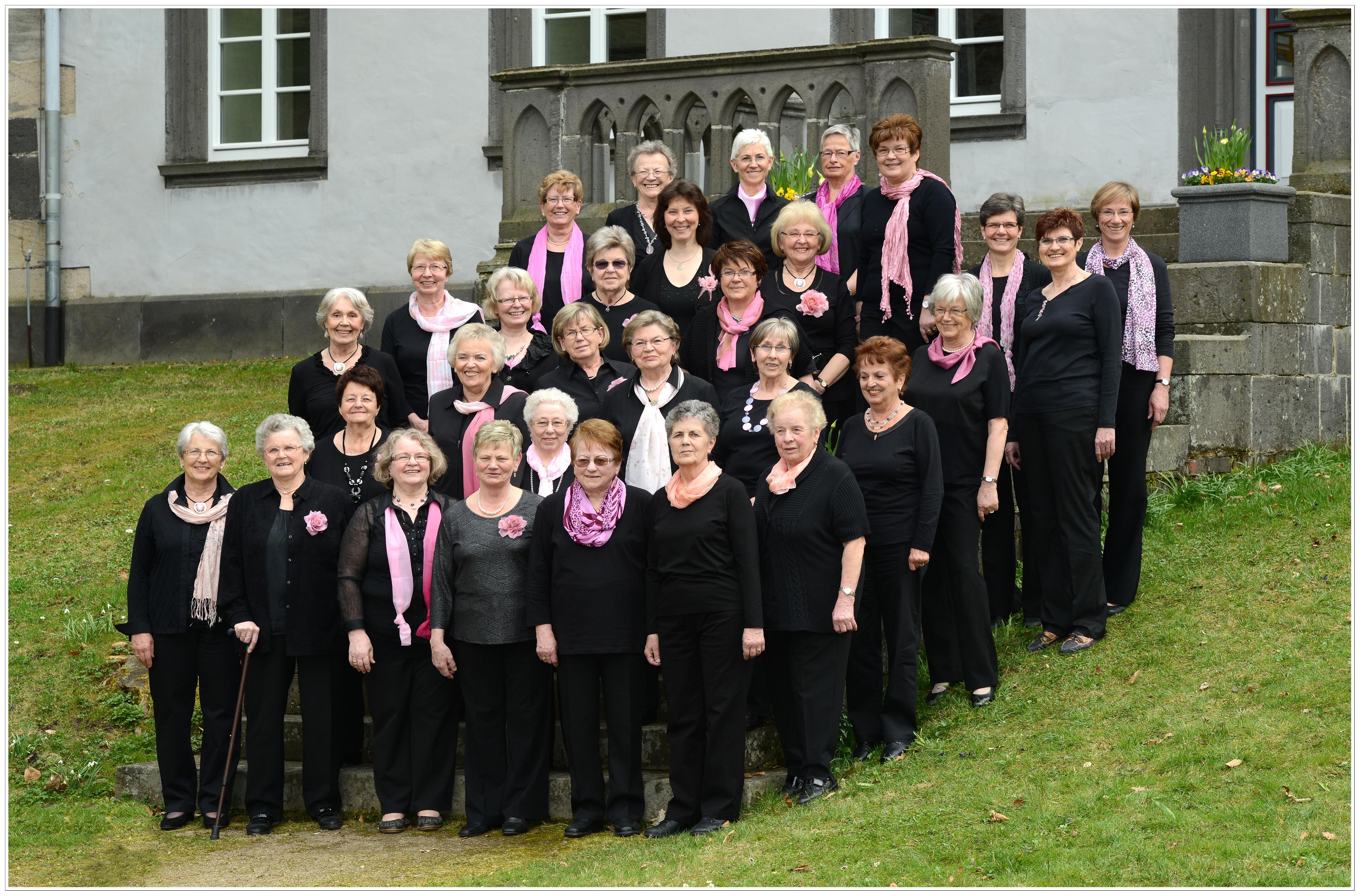 Frauenchor (Foto: Ulrike Richter-Lies)