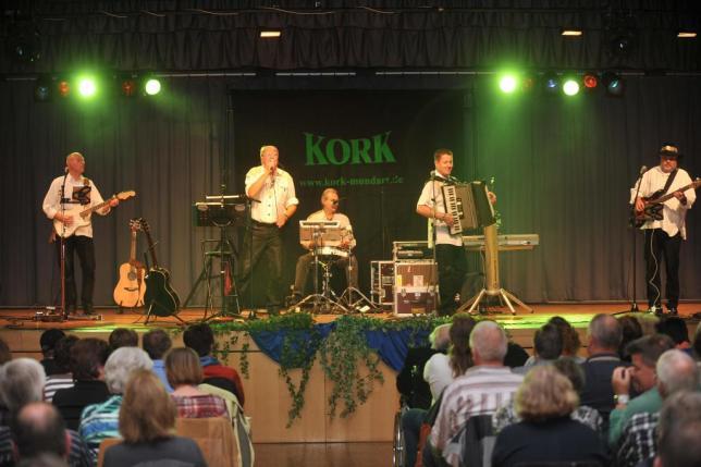 """""""Kork"""" waren auch in Großen-Buseck Garanten für gute Stimmung. Foto: Anders"""