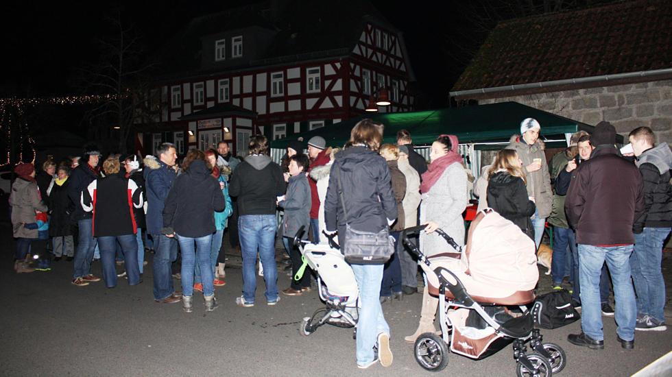 Buseck Großen-Buseck Winterglühen Am Anger Buseck Foto: siw