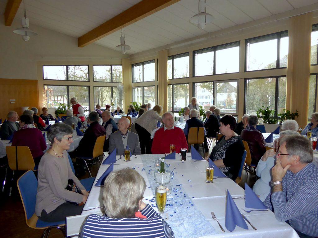 Mitglieder der Sängervereinigung Eintracht–Germania Großen-Buseck beim Frühlingsbrunch