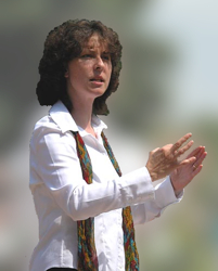 Chorleiterin Renate Schygulla